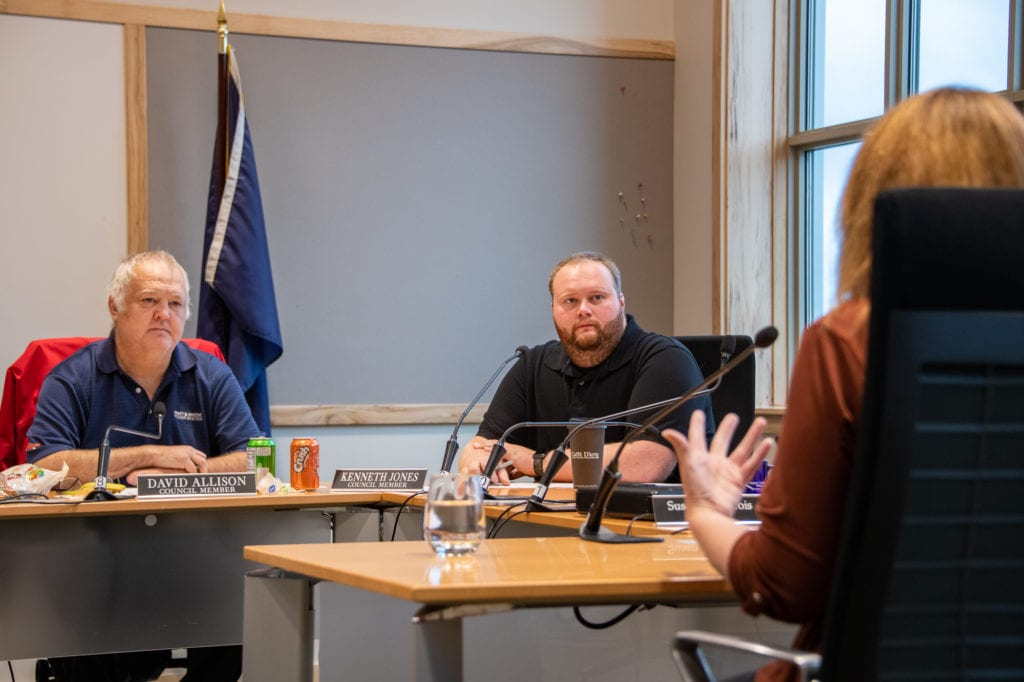 From left, City Council Members David Allison and Kenneth Jones interview city manager candidate Kerin Kramer. (Sept. 28, 2019) Photo by Zachary Snowdon Smith/The Cordova Times