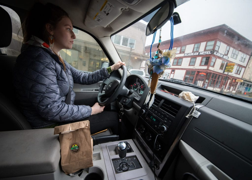 Karen Deaton Perry delivers a soup combo from Kayak Cafe. (Oct. 28, 2019) Photo by Zachary Snowdon Smith/The Cordova Times