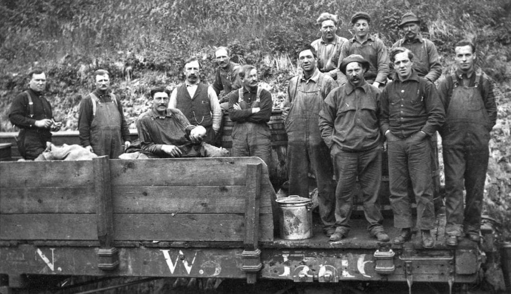 Construction workers who helped build the Copper River and Northwestern Railway. Photo courtesy of the Cordova Historical Society